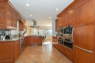 Photo 4: 3185 HUNTLEIGH Crescent in North Vancouver: Windsor Park NV House for sale : MLS®# R2437080