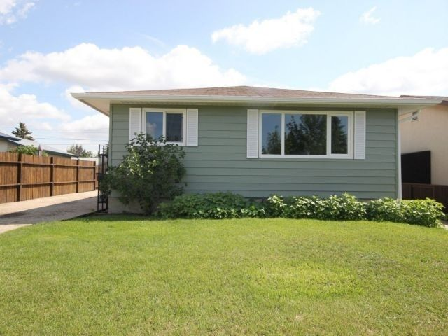 Main Photo: 8107 169 Street in Edmonton: Zone 22 House for sale : MLS®# E4223106