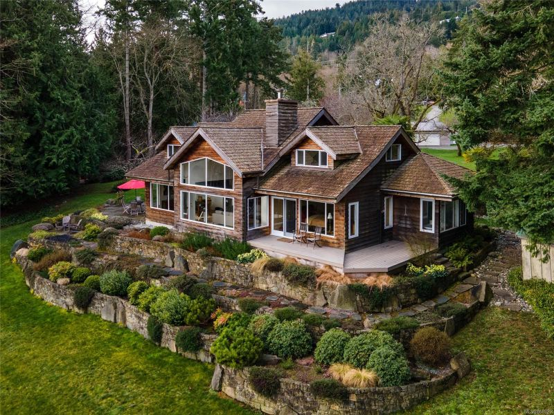 FEATURED LISTING: 130 Bittancourt Rd