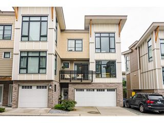 """Photo 2: 62 9989 BARNSTON Drive in Surrey: Fraser Heights Townhouse for sale in """"HIGHCREST"""" (North Surrey)  : MLS®# R2471184"""