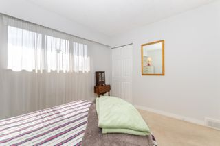 "Photo 38: 45935 LAKE Drive in Chilliwack: Sardis East Vedder Rd House for sale in ""Sardis Park"" (Sardis)  : MLS®# R2620684"