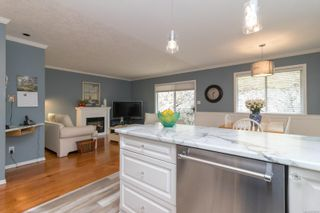Photo 8: 2410 Setchfield Ave in Langford: La Florence Lake House for sale : MLS®# 874903