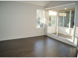 """Photo 8: 1 11952 64TH Avenue in Delta: Sunshine Hills Woods Townhouse for sale in """"Sunwood Place"""" (N. Delta)  : MLS®# F1400942"""