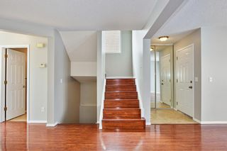 Photo 5: 36 SHAWINIGAN Drive SW in Calgary: Shawnessy Detached for sale : MLS®# A1009560