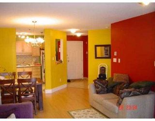 """Photo 2: 2335 WHYTE Ave in Port Coquitlam: Central Pt Coquitlam Condo for sale in """"CHANCELLOR COURT"""" : MLS®# V612891"""