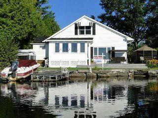 Photo 1: 95 Fells Point Road in Kawartha Lakes: Rural Fenelon House (1 1/2 Storey) for sale : MLS®# X2990514