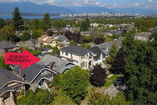 """Photo 3: 3825 W 19TH Avenue in Vancouver: Dunbar House for sale in """"Dunbar"""" (Vancouver West)  : MLS®# R2495475"""