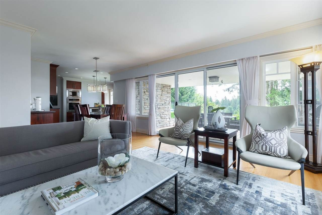 Photo 6: Photos: 80 GLENMORE Drive in West Vancouver: Glenmore House for sale : MLS®# R2468139
