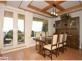 Photo 3: 14761 OXENHAM Avenue: White Rock House for sale (South Surrey White Rock)  : MLS®# F1018509