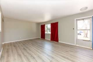 Photo 5: 4807 106 Street in Edmonton: Zone 15 House Half Duplex for sale : MLS®# E4238304