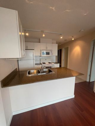 """Photo 8: 1920 938 SMITHE Street in Vancouver: Downtown VW Condo for sale in """"ELECTRIC AVENUE"""" (Vancouver West)  : MLS®# R2612636"""