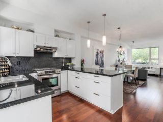 Photo 9: 764 E 29TH AVENUE in Vancouver: Fraser VE Townhouse for sale (Vancouver East)  : MLS®# R2142203