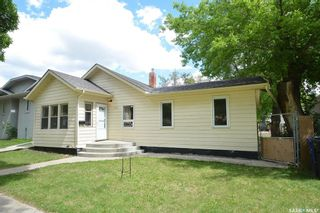 Photo 1: 920 I Avenue North in Saskatoon: Westmount Residential for sale : MLS®# SK859382