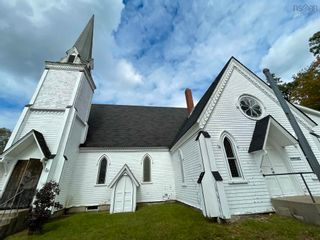 Photo 1: 36 John Street in Shelburne: 407-Shelburne County Commercial  (South Shore)  : MLS®# 202125745