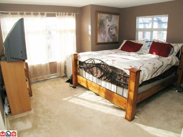 """Photo 5: Photos: 32 18828 69TH Avenue in Surrey: Clayton Townhouse for sale in """"Star Pointe"""" (Cloverdale)  : MLS®# F1026990"""