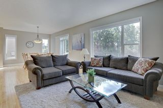 Photo 8: 145 TREMBLANT Place SW in Calgary: Springbank Hill Detached for sale : MLS®# A1024099
