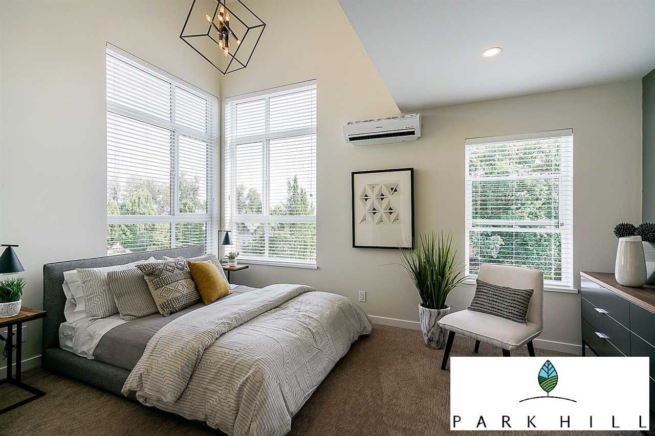 """Main Photo: 2 20087 68 Avenue in Langley: Willoughby Heights Townhouse for sale in """"PARK HILL"""" : MLS®# R2410907"""