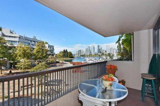 """Photo 15: 242 658 LEG IN BOOT Square in Vancouver: False Creek Condo for sale in """"HEATHER BAY QUAY"""" (Vancouver West)  : MLS®# R2404905"""