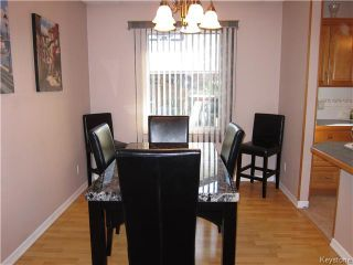 Photo 3: 968 Kimberly Avenue in Winnipeg: East Kildonan Residential for sale (North East Winnipeg)  : MLS®# 1608068