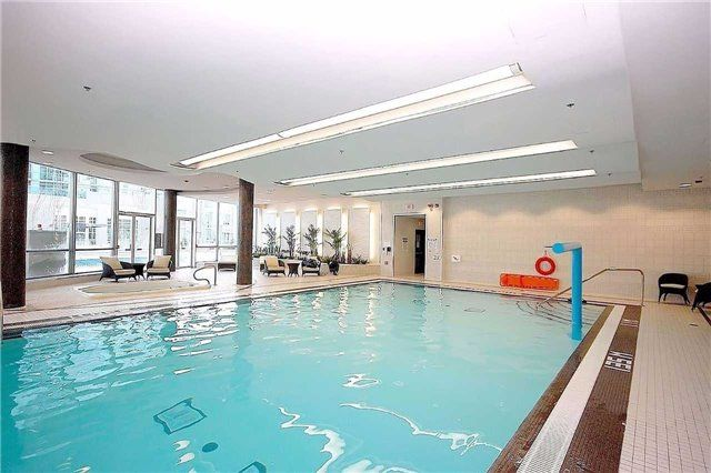 Photo 18: Photos: 1406 50 Absolute Avenue in Mississauga: City Centre Condo for sale : MLS®# W3804080