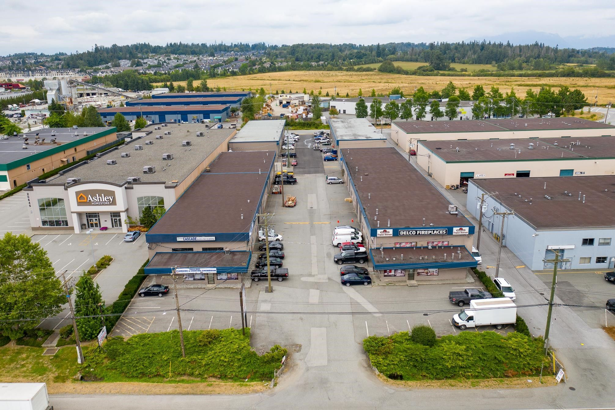 Main Photo: 20667 LANGLEY Bypass in Langley: Langley City Industrial for sale : MLS®# C8039990