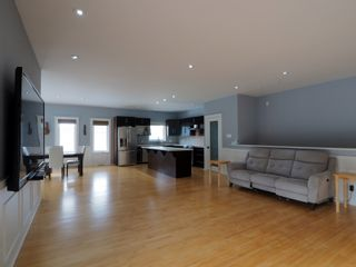 Photo 19: 425 5th Avenue in Oakville: House for sale : MLS®# 202101468