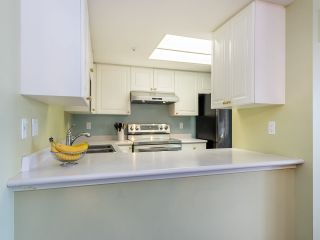 """Photo 10: 804 719 PRINCESS Street in New Westminster: Uptown NW Condo for sale in """"STIRLING PLACE"""" : MLS®# R2432360"""