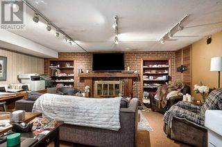 Photo 22: 379 LAKESHORE RD W in Oakville: House for sale : MLS®# W5399645