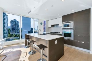 """Photo 3: 1303 1499 W PENDER Street in Vancouver: Coal Harbour Condo for sale in """"West Pender Place"""" (Vancouver West)  : MLS®# R2613558"""