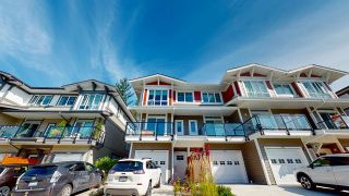 """Photo 4: 5944 OLDMILL Lane in Sechelt: Sechelt District Townhouse for sale in """"EDGEWATER AT PORPOISE BAY"""" (Sunshine Coast)  : MLS®# R2490112"""