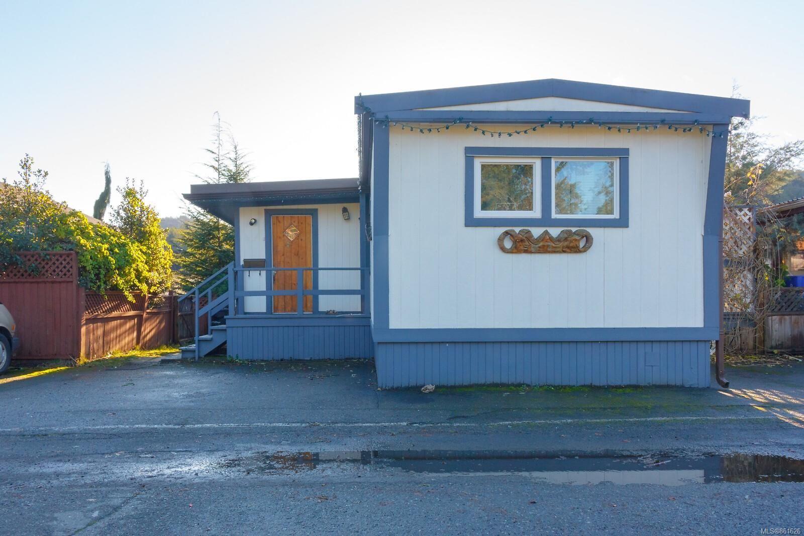 Main Photo: 91 2911 Sooke Lake Rd in : La Langford Proper Manufactured Home for sale (Langford)  : MLS®# 861626