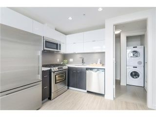 Photo 4: 901 1775 QUEBEC STREET in Vancouver: Mount Pleasant VE Condo for sale (Vancouver East)  : MLS®# V1127045