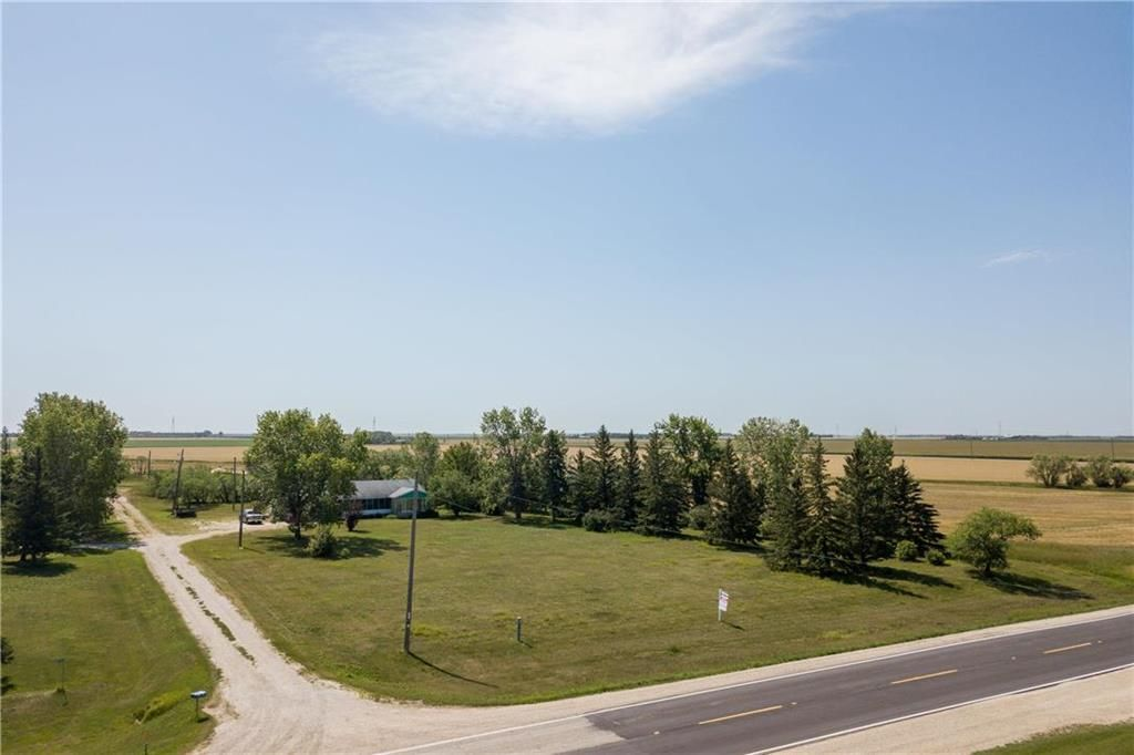 Photo 17: Photos: 6040 PTH 2 . Highway in Oak Bluff: RM of MacDonald Residential for sale (R08)  : MLS®# 202021001