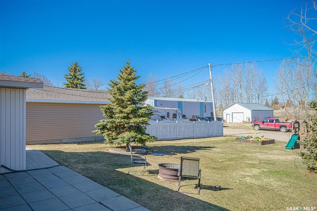Photo 38: Photos: 207 Islay Street in Colonsay: Residential for sale : MLS®# SK851603