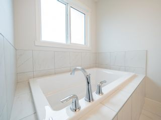 Photo 32: 20031 29 Avenue in Edmonton: Zone 57 House for sale : MLS®# E4257169