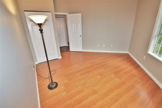 """Photo 16: 426 1150 QUAYSIDE Drive in New Westminster: Quay Condo for sale in """"WESTPORT"""" : MLS®# R2464608"""