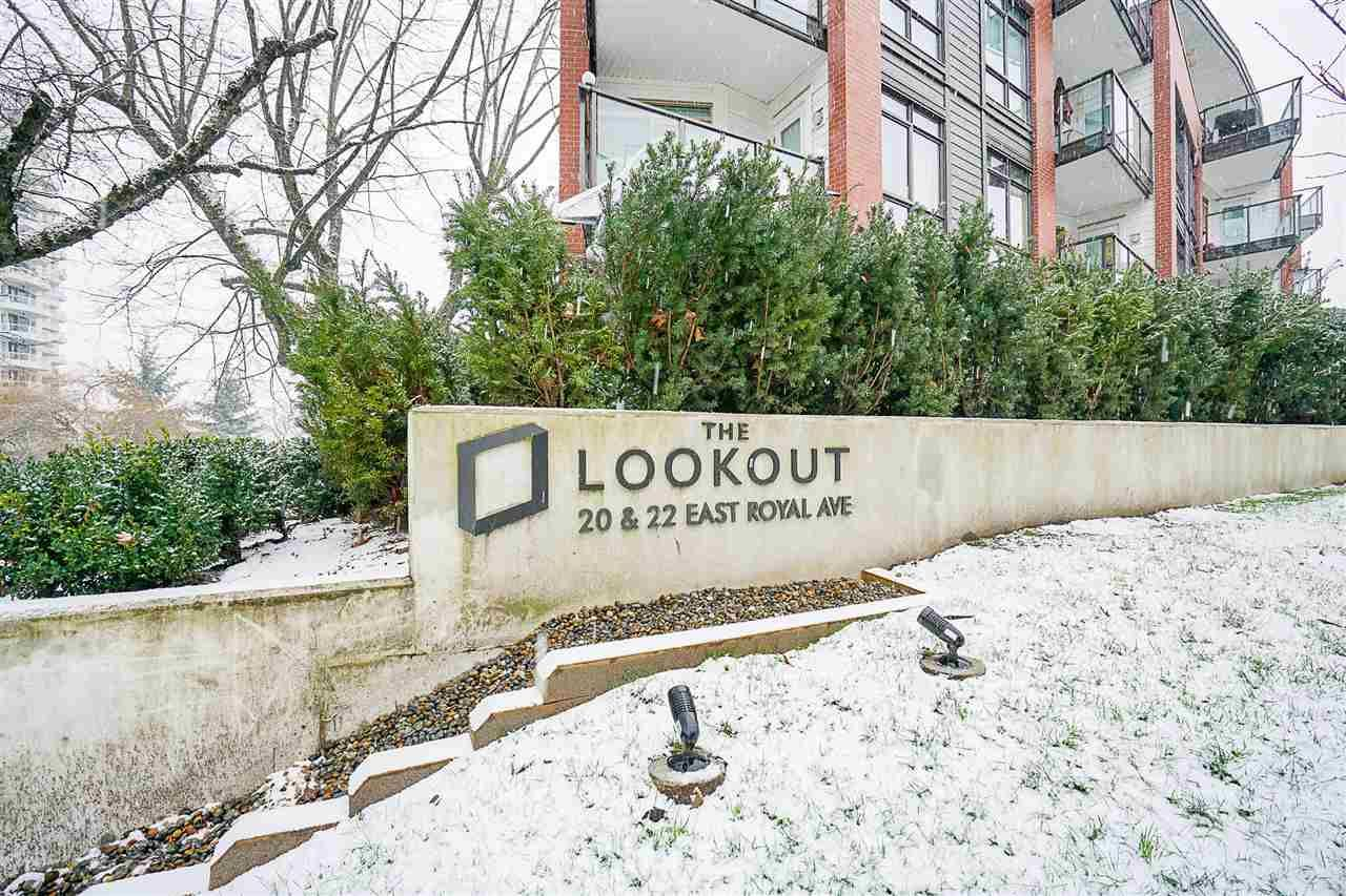 """Main Photo: 109 20 E ROYAL Avenue in New Westminster: Fraserview NW Condo for sale in """"The Lookout"""" : MLS®# R2229386"""