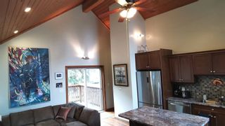 Photo 12: 686 WILKS Road: Mayne Island House for sale (Islands-Van. & Gulf)  : MLS®# R2549140