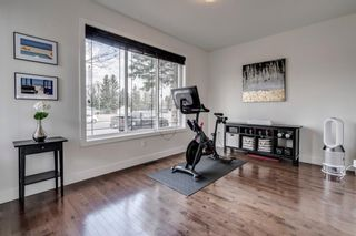 Photo 4: 615 50 Avenue SW in Calgary: Windsor Park Semi Detached for sale : MLS®# A1099934
