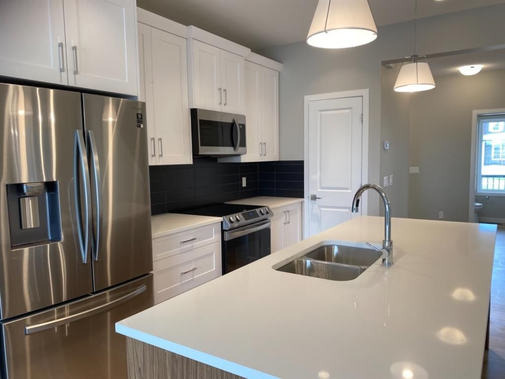 Photo 6: Photos: 154 Highview Gate: Airdrie Detached for sale : MLS®# A1140615