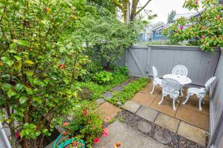 """Photo 3: 1570 BOWSER Avenue in North Vancouver: Norgate Townhouse for sale in """"Illahee"""" : MLS®# R2363126"""