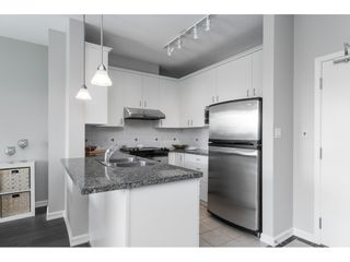"""Photo 15: 403 1581 FOSTER Street: White Rock Condo for sale in """"SUSSEX HOUSE"""" (South Surrey White Rock)  : MLS®# R2474580"""