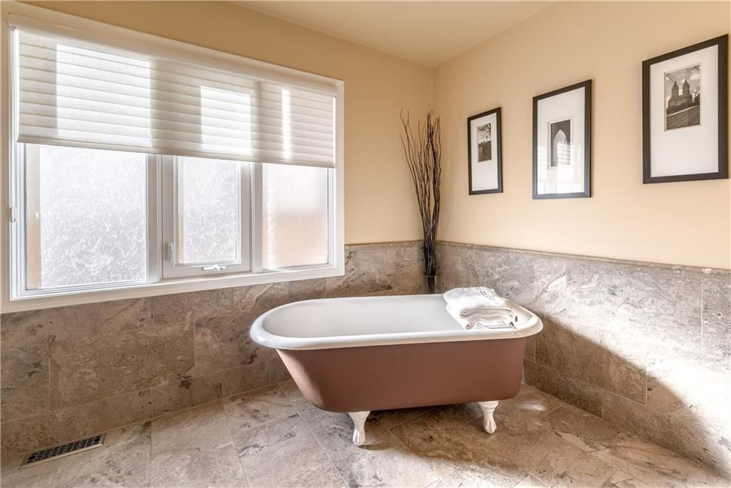 Photo 32: Photos: 248 WOOD VALLEY Bay SW in Calgary: Woodbine Detached for sale : MLS®# C4211183