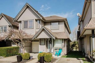 Main Photo: 5 22980 ABERNETHY Lane in Maple Ridge: East Central Townhouse for sale : MLS®# R2559501