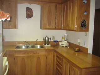 Photo 4: 4222 Saratoga Road in Scotch Creek: House for sale : MLS®# 10030681