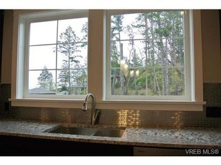 Photo 15: 3654 Coleman Pl in VICTORIA: Co Latoria House for sale (Colwood)  : MLS®# 655498