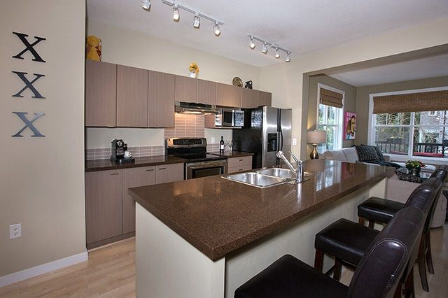 """Photo 3: Photos: 4 15075 60 Avenue in Surrey: Sullivan Station Townhouse for sale in """"Nature's Walk"""" : MLS®# R2028031"""