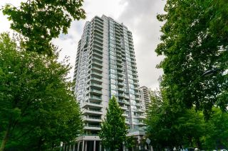 """Photo 3: 12C 6128 PATTERSON Avenue in Burnaby: Metrotown Condo for sale in """"Grand Central Park Place"""" (Burnaby South)  : MLS®# R2611569"""