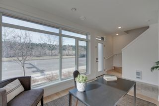 Photo 6: 3004 Parkdale Boulevard NW in Calgary: Parkdale Row/Townhouse for sale : MLS®# A1093150