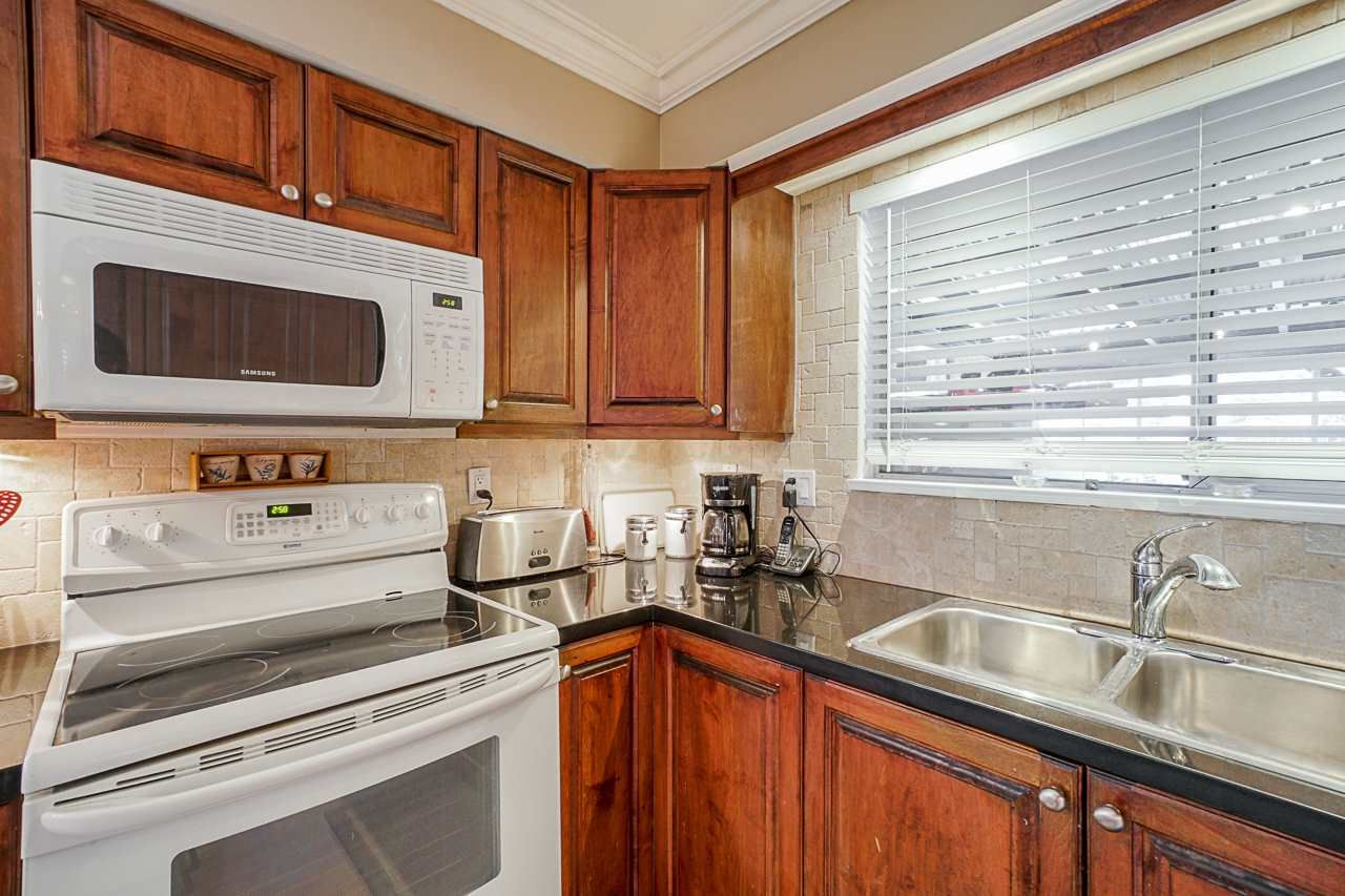 """Photo 20: Photos: 6240 STEVESTON Highway in Richmond: Gilmore House for sale in """"WESTWIND GREENHOUSES"""" : MLS®# R2510505"""